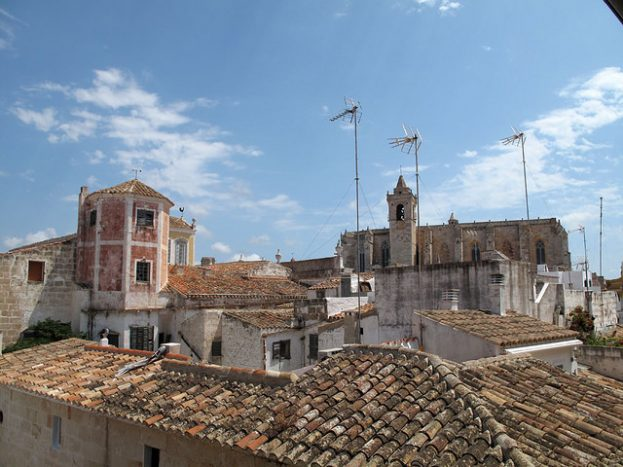 Can Faustino_menorca_hoteles chulos_vista casci historico ciudadela_habitacion